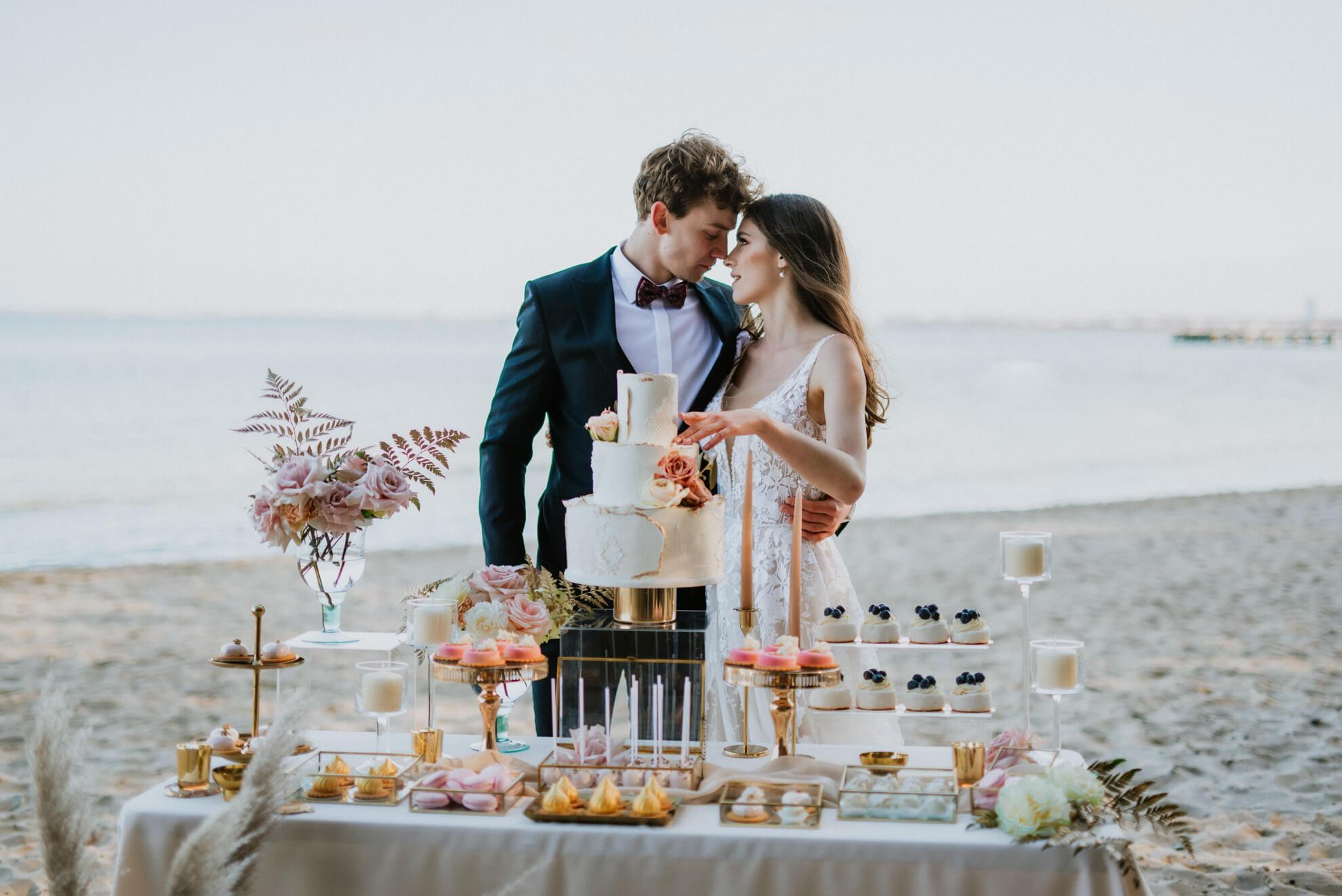 Karolina Domańska - wedding Planner | Weddings byCaroline - organizacja ślubów iwesel