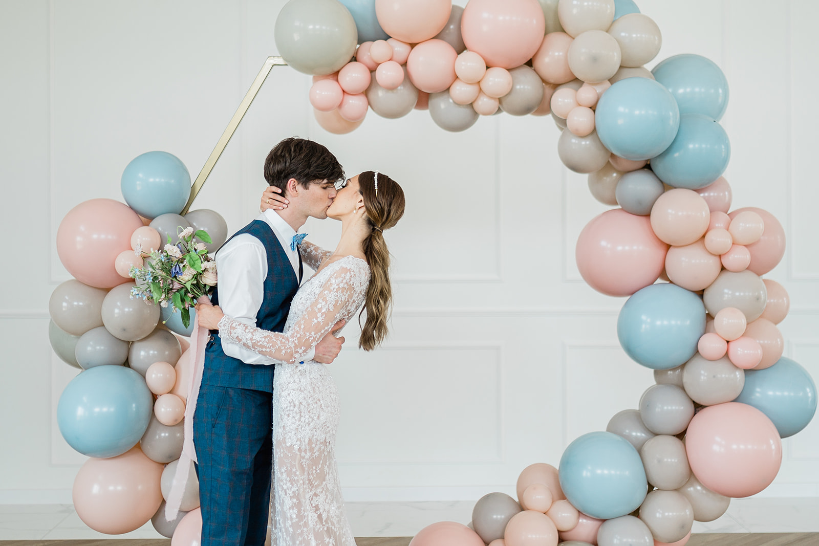 Sesja stylizowana Pastelowe Pola   Portfolio Weddings by Caroline - agencja ślubna